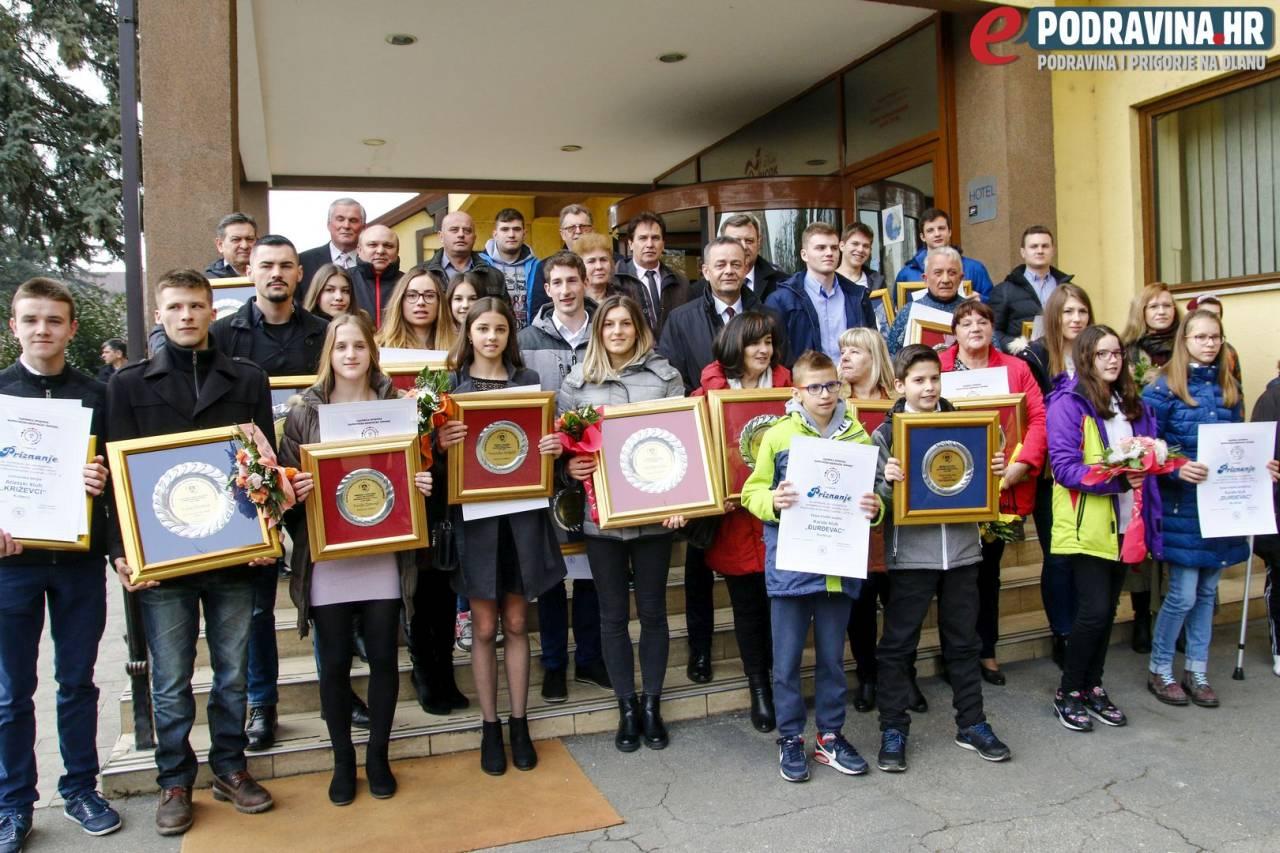 Održano proglašenje najboljih sportašica, sportaša i sportskih ekipa Koprivničko-križevačke županije